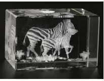 Голограмма хрустальная.Зебры