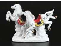 Две лошади на скаку / 15 см / Белые